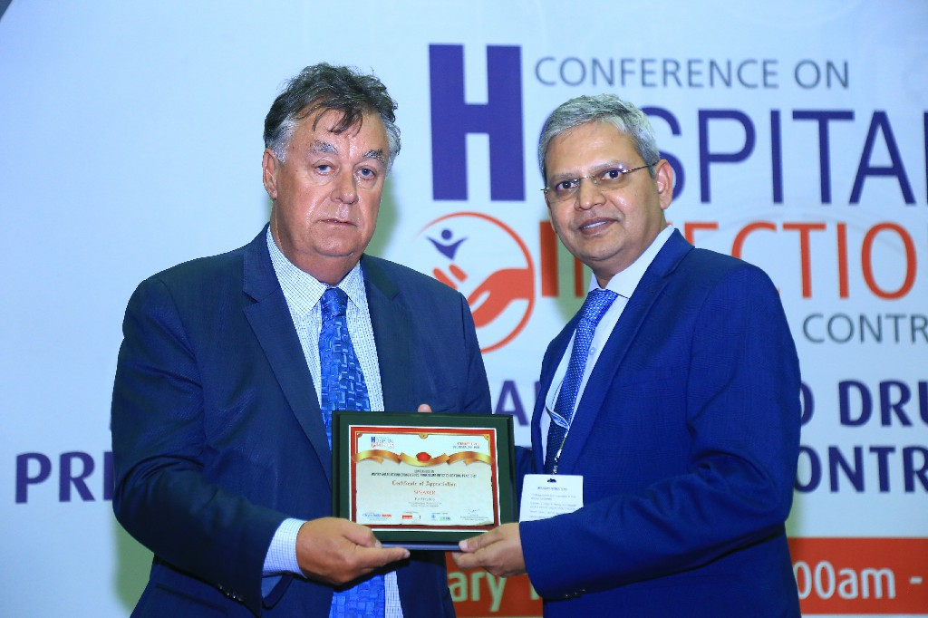 Paul-Hyslop-Group-Managing-Director-CEO-Zoono-Group-of-Companies-Dr-Ranga-Reddy-Burri-President-Infection-Control-Academy-of-India-IFCAI